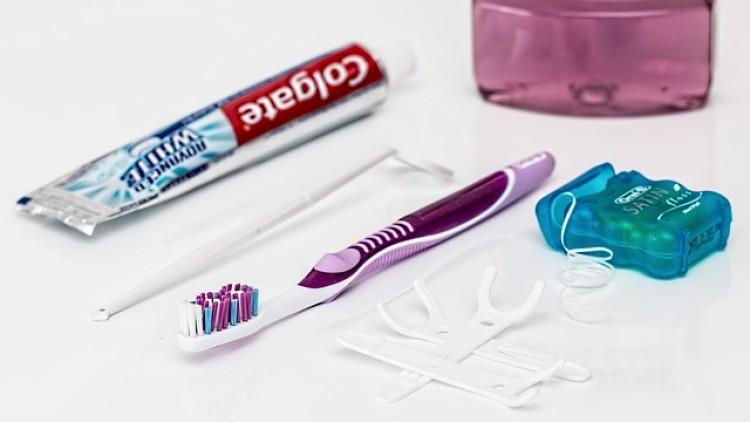 Die Fehler bei der Verwendung von Zahnseide